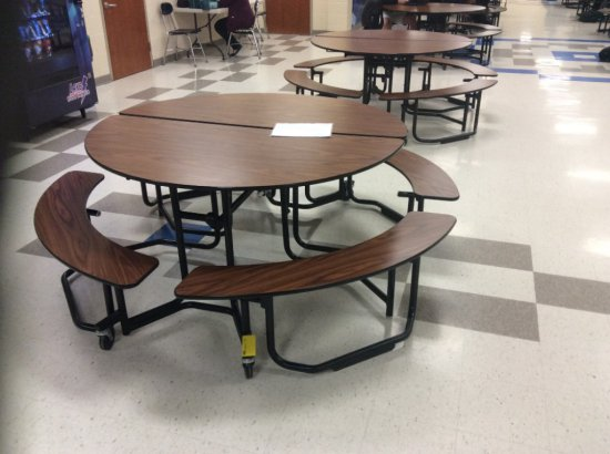 18 round student lunch tables