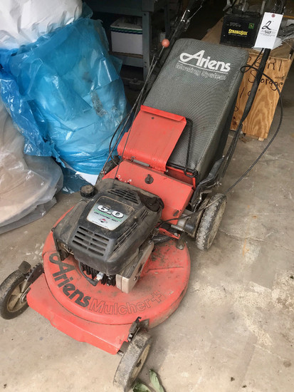Ariens 6HP Rear-Bagging Mower