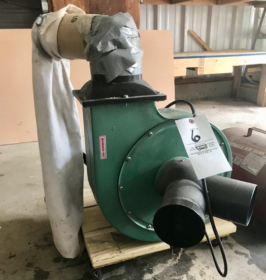 Central Machinery #45378 2HP Dust Collector
