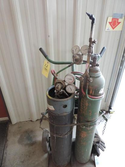 Oxy/Accetalyne Torch Cart With Gauges, Hose, & Cutting Tip