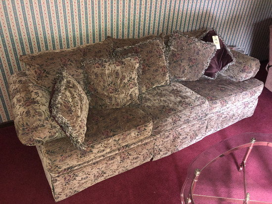 Stratford 3-Cushion Sofa with Throw Pillows