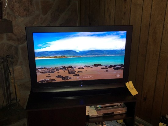 Westinghouse Flat Screen TV with DVD and VHS Player