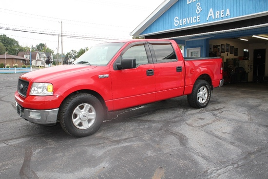 2004 Ford F-150 XLT, Crew Cab, 5.4 Liter V-8, 2-Wheel Drive, Approx. 129,769 Miles