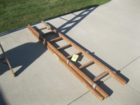 Wood extenstion ladder
