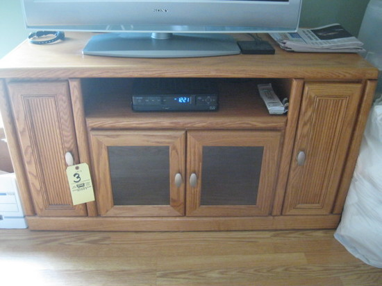 Oak entertainment Stand