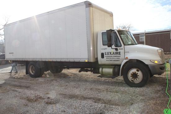 2013 International Durastar Box Truck