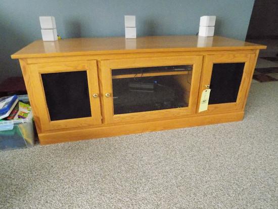 Oak Flat Screen TV Stand With Speaker Storage