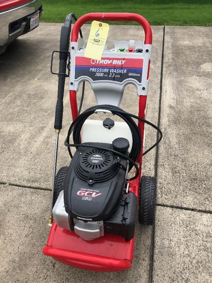 Troybilt 2600 PSI pressure washer