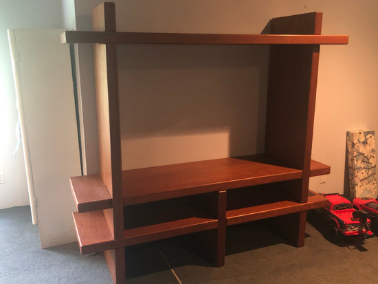 Modern Shelf Unit