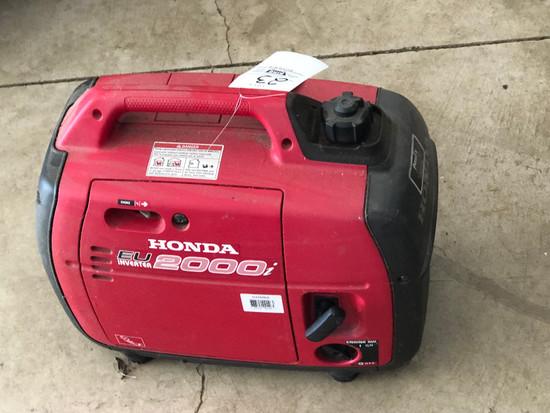Honda EU 2000i Inverter Generator - Runs