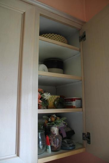 Crock, Glassware, Misc. Flowers, Stemware, Carnival Glass, Patern Glass, Mugs, Tumblers, Bakeware