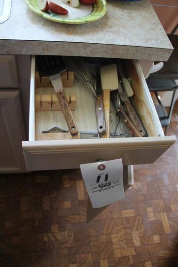 Cutting Boards, Baking Sheets, Utinsels