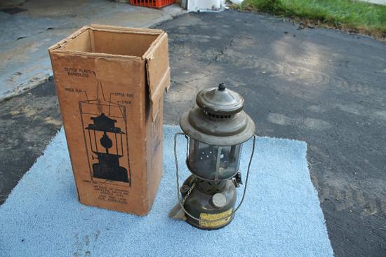 1952 Coleman Military Lantern V3 W/ Box