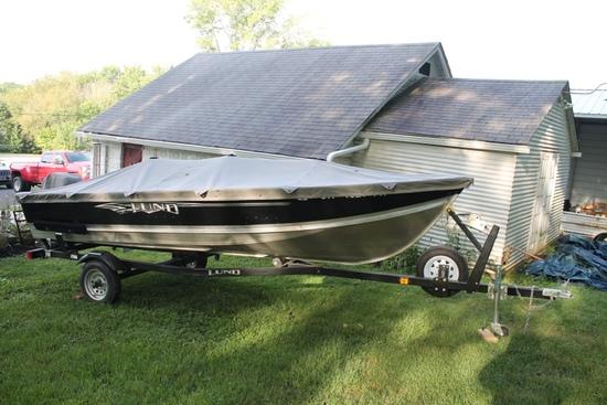 2014 Lund SSV-16, 15' Boat W/ 2003 Mercury 25HP Outboard Motor & 2015 ShoreLand'r Trailer