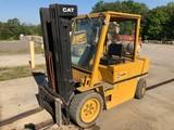 CAT VC60D Tow Motor Dual Fuel Gas/LP 6,000 lb. Cap
