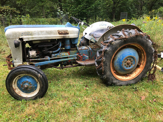 Ford Jubilee Tractor - Equip & More! - 15009
