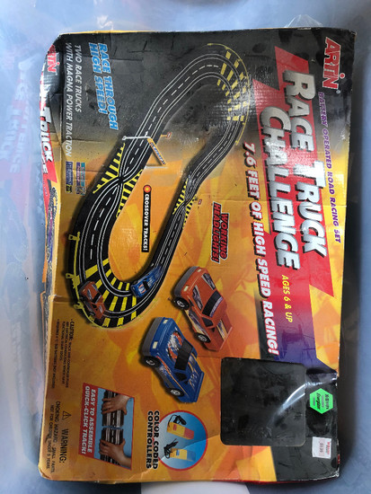 Artin Racing Slot Car Set With 14 Slot Cars & Extra Track