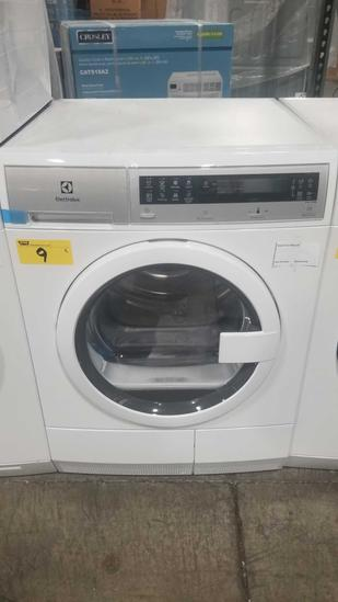 Electrolux Electric Dryer Model #EFDE210TIW