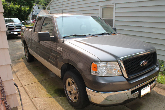 2007 Ford F-150 XLT, 12,323 Miles