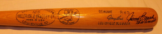 JOHNNY BENCH H&B LOUISVILLE SLUGGER 125 BAT, GENUINE R43, 1776-1976 LIBERTY BELL IMPRESSED LABEL