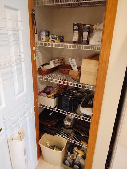 Contents Of Pantry Incl. Bakeware, George Gorman, Toaster & Bread Box