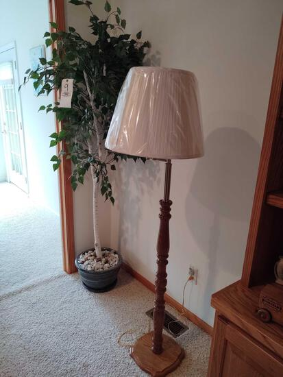 Artificial Tree & Floor Lamp