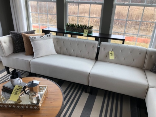 Button-back sectional sofa