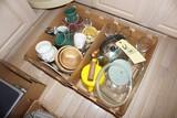 Mugs - Wood bowls - Dishes