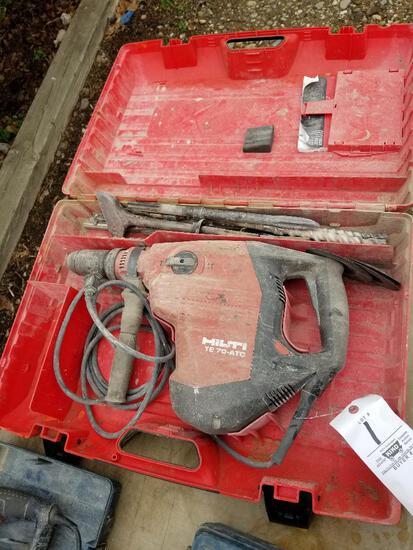 Hilti TE-70-ATC hammer drill with bits