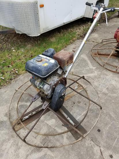 Whiteman 4' power trowel, gas