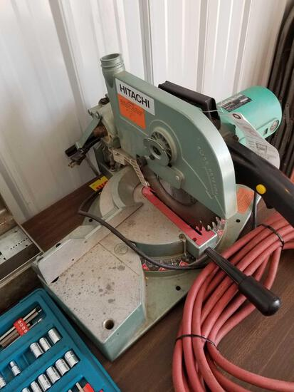 Hitachi power mitre saw