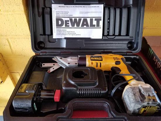 DeWalt 12v power shears, works