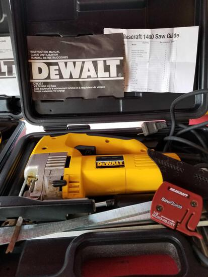 DeWalt electric jig saw, works