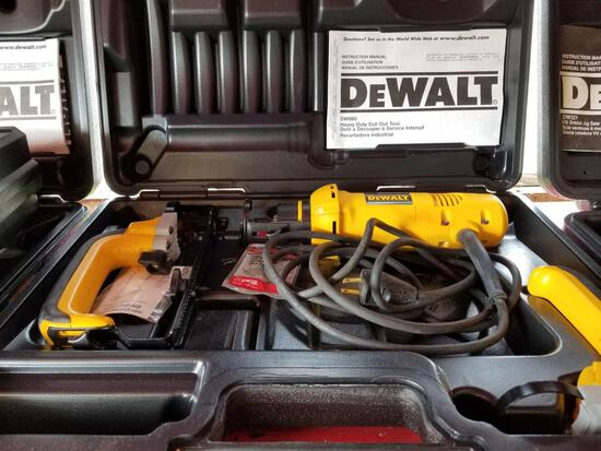 DeWalt HD cutout tool, works