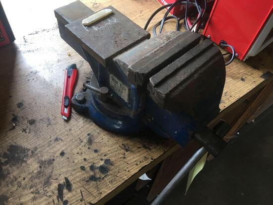 """6"""" Great Neck Vise"""