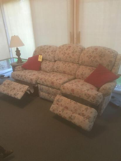 Smith Brothers Floral 3 cushion sofa. Electric Reclining Sofa