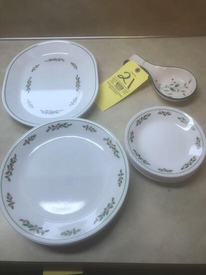 Corelle dish set service for 12. With Pfaltzgraff spoon dish.