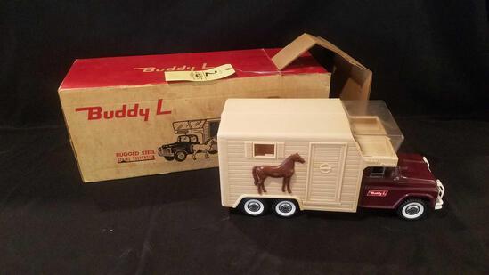 Buddy L horse van with horses