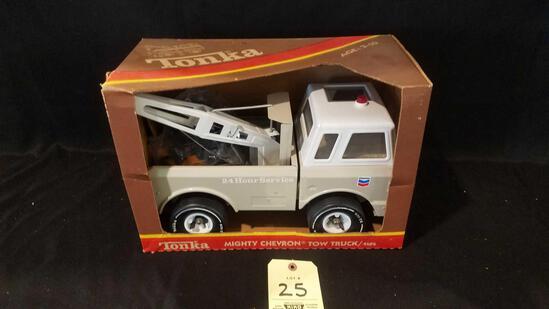 Tonka Mighty Chevron tow truck 4195