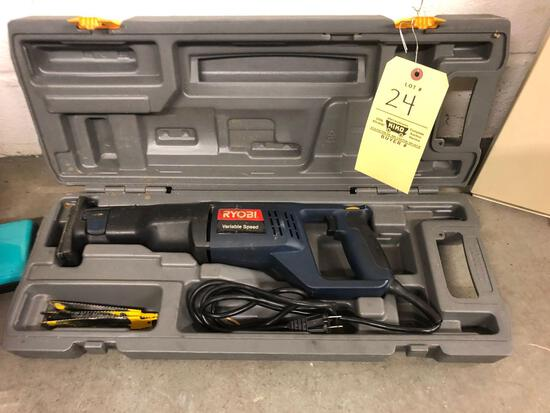 Ryobi variable speed saw with case