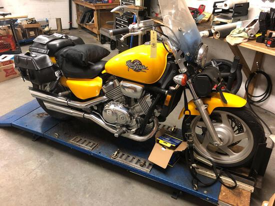 1995 Honda Magna V-Four Motorcycle