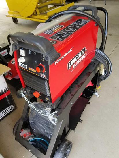 Lincoln tomahawk 1000 welder, like new