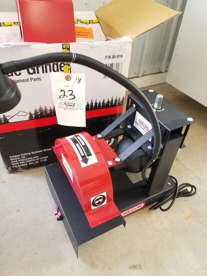 Oregon surface grinder with box, like new