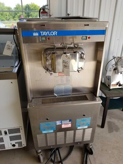 Taylor ice cream machine, 220v, water cooled, with manual and accessories, works