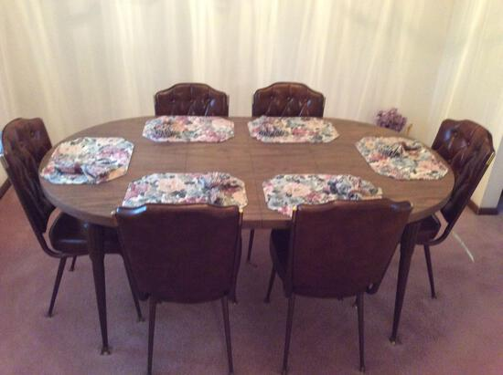 Formica-Top Table w/ 6 Chairs