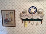 Decorators - shelf & Pictures