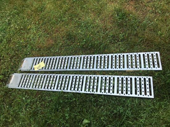Pair of 6' aluminum ramps