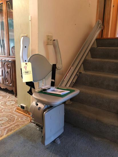 Bruno SRE-3000 Elan 6-stair chair lift