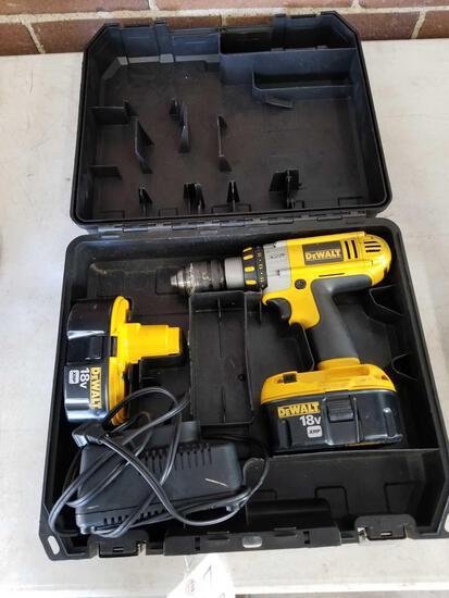 DeWalt 18v drill set, works