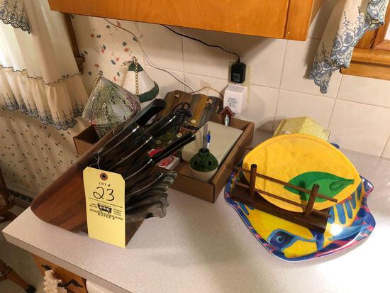 Ekco Arrowhead knife set, decor